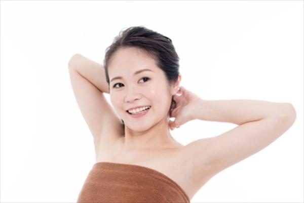 最近よく聞く筋膜リリースってなに? 肩こりや腰の痛みは改善できる?